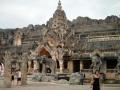 Каменный дворец по мотивам древнего государства Сукхотай